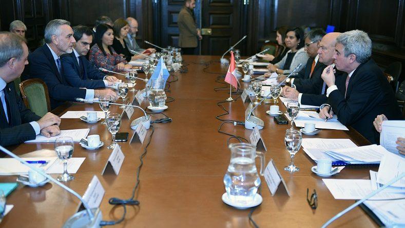 Argentina - Perú Agenda