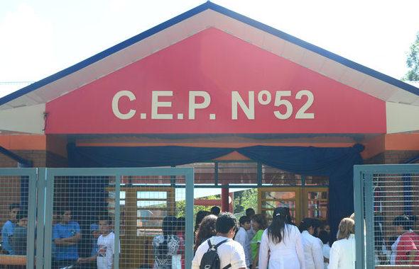 Comunidad educativa del CEP 52 de Colonia Delicia reclama seguridad