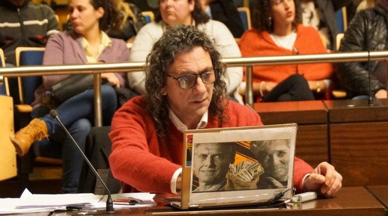Diputado Martín Sereno en el recinto