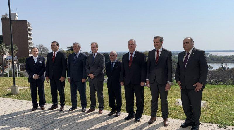Faurie, Nin Novoa y tres Gobernadores se inauguró el Consulado General Uruguayo en la ciudad de Paraná