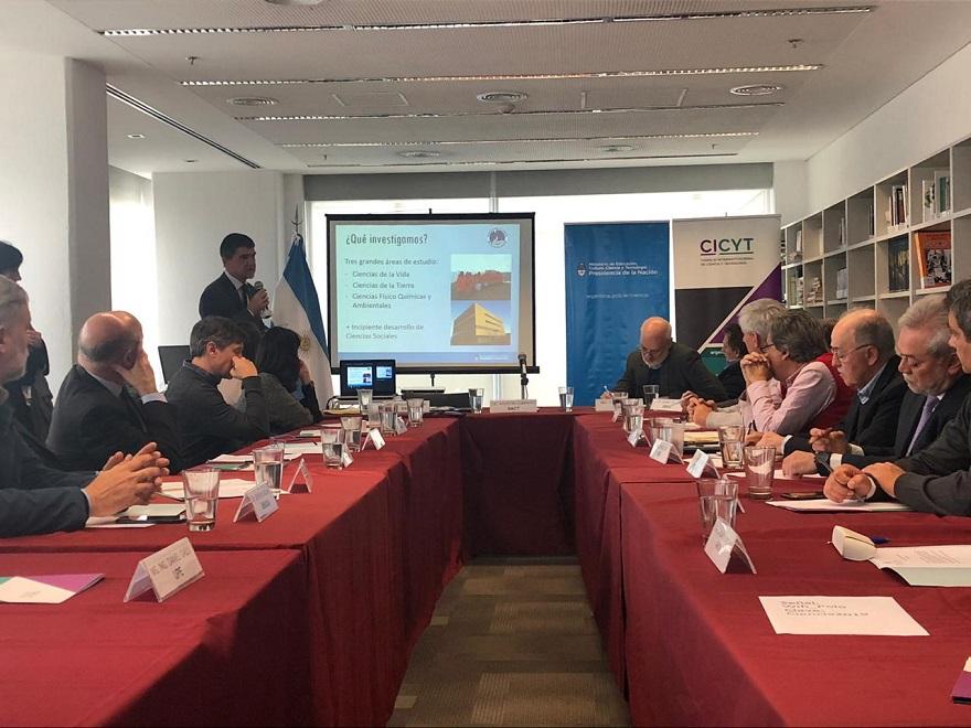 El Instituto Antártico Argentino (IAA) suscribió tres acuerdos marco de cooperación y asistencia técnica