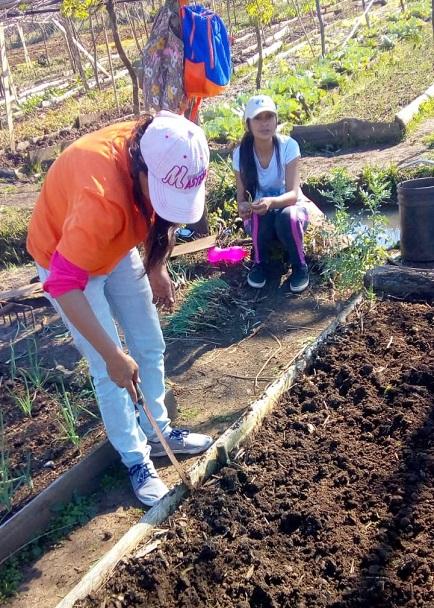 Mujeres trabajando a favor de la soberanía alimentaria