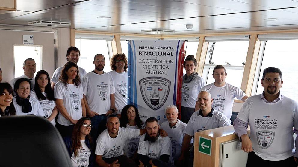 Equipos Científicos de la Argentina y Chile de Campaña Conjunta de Investigación
