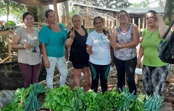 Trabajo de Huertas en Jardin América Dentro de la Economía Popular