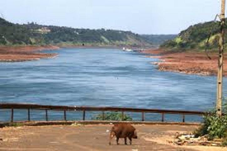 Impactante reducción de el caudal del Río Paraná