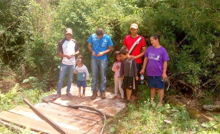 Guaranies de la comunidad Pai Antonio Martínez reclaman agua y alimentos