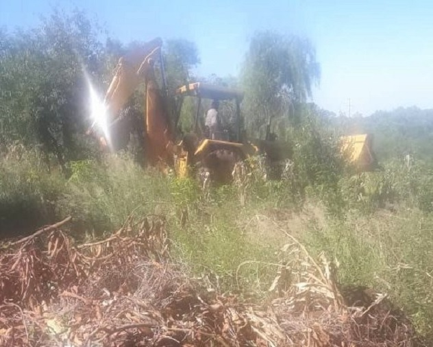 Hace más de un mes las máquinas terminaron con limpieza y nivelación de los terrenos