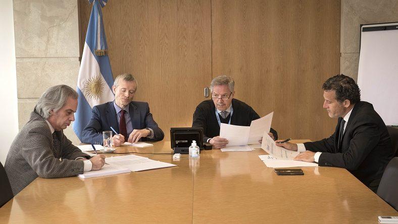 Videoconferencias con representantes de los gobiernos de Australia, Irlanda y Armenia