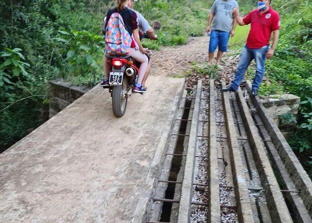 El puente del Arroyo Bonito quedó a mitad de construcción -Km 10 de El Soberbio