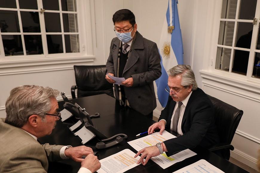 El presidente Alberto Fernández mantuvo una conversación con su par de la República de Corea, Moon Jae-in