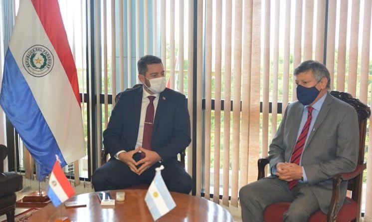 Oscar D. Peppo Embajador Argentino en el Paraguay