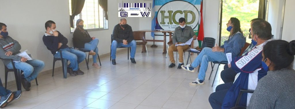 El Soberbio con concejales, familias de Colonia Pepirí y el diputado Sereno