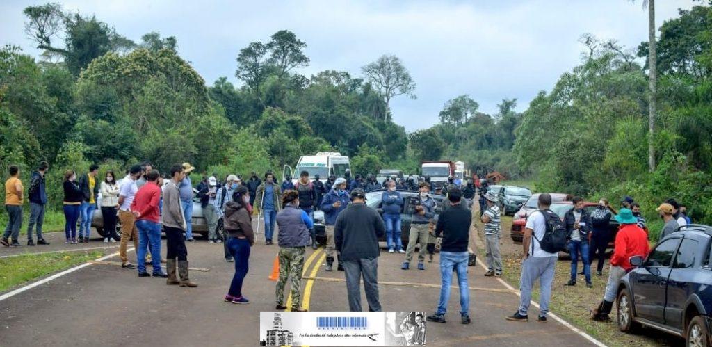 Una gran cantidad de policías perpetrados para desalojar a familias de Colonia Pepirí