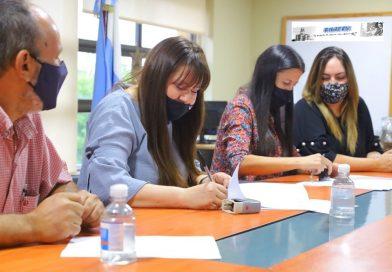 El Ministerio de Trabajo y la Universidad Popular de Misiones firmaron un Convenio de cooperación académica