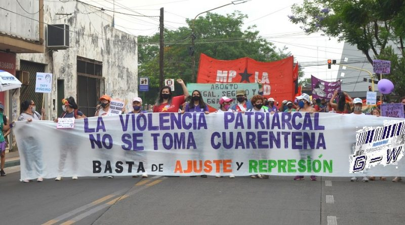 Marcha en contra de la violencia patriarcal, el ajuste y la represión