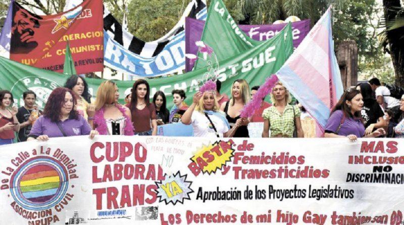 Banderazo en Posadas por la Ley del Cupo Laboral Trans