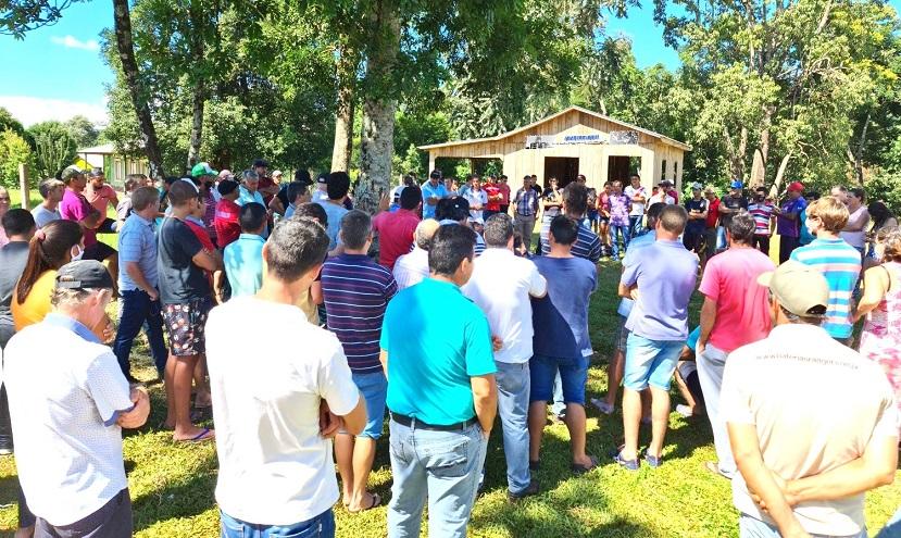 Reunión de productores en reclamo de asfaltado de Ruta Provincial 15 de El Soberbio