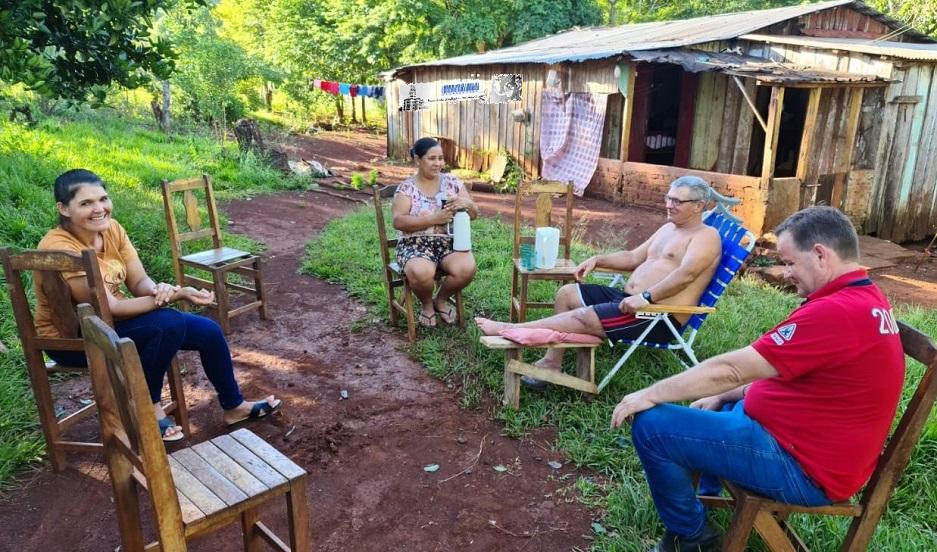 Eduardo Pinto tiene una discapacidad motriz y necesita ayuda médica y social